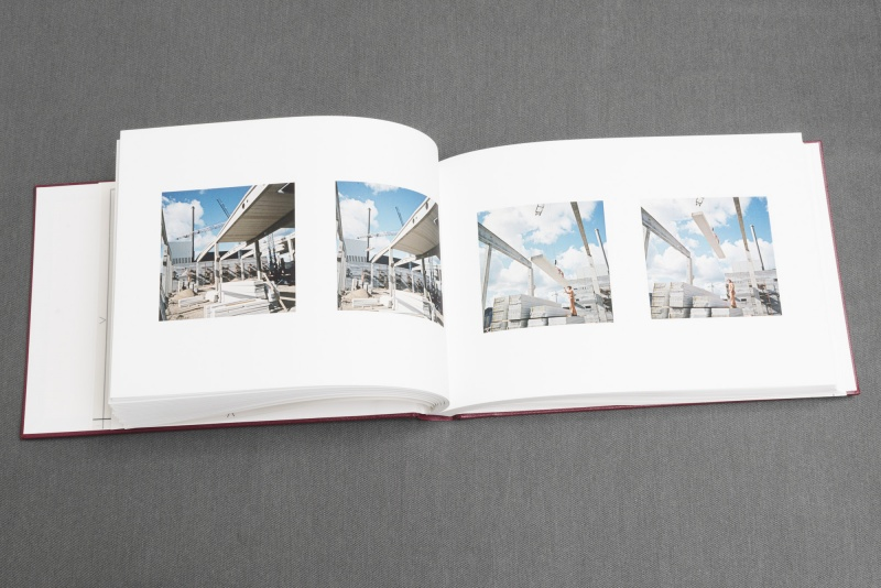Library. The Royal Academy of Fine Arts -Photographic Artist's Book (MemorySlides), 2015